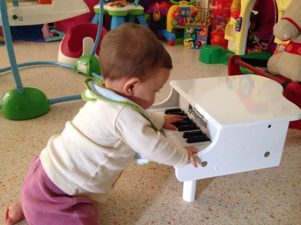 Mini Grand Toy Piano