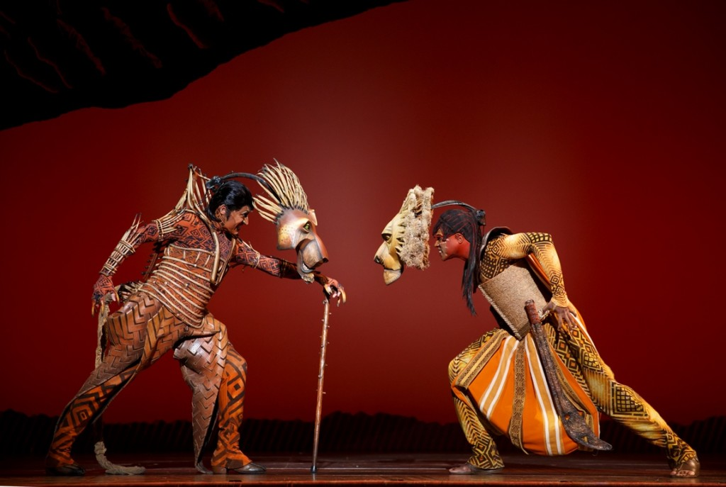 Patrick R Brown as Scar and L. Steven Taylor as Mufasa face off in The Lion King National Tour ©Disney Photo Credit Joan Marcus