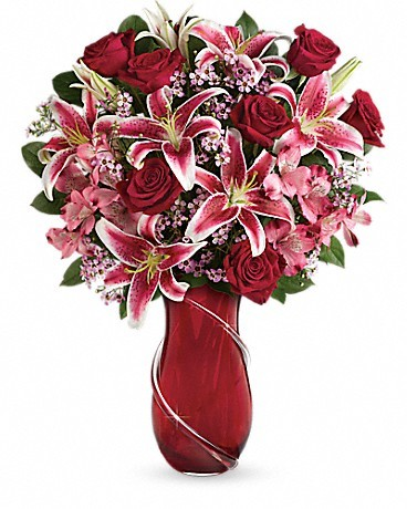 Teleflora's Wrapped With Passion Bouquet Love Note Concierge
