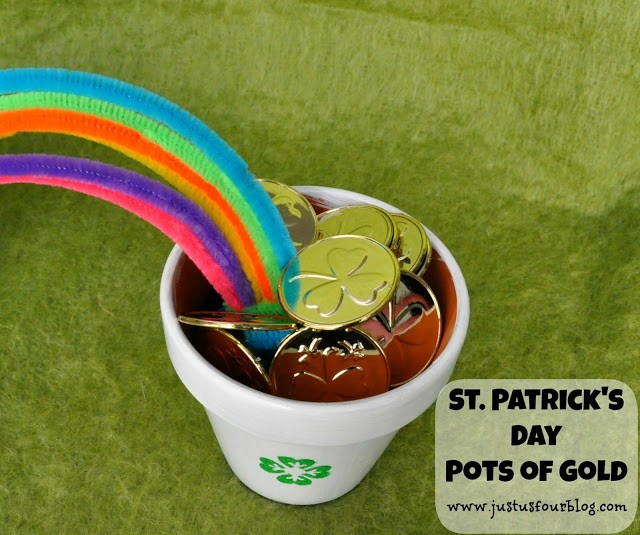 St. Patrick's Day Crafts – Pots of Gold