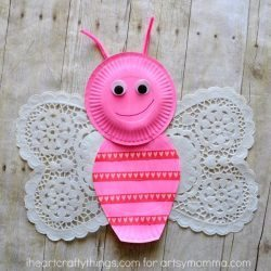 Does your child love butterflies? I've rounded up 20 of the cutest butterfly craft projects for kids to make at home with everyday crafts supplies.