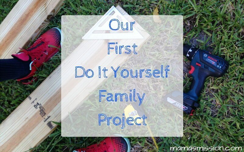 Our first do it yourself family project diy sandbox with roof solutioingenieria Gallery