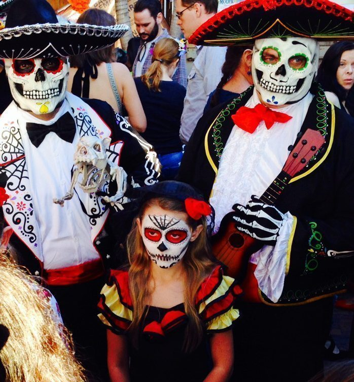 Free Family Event celebrates Dia De Los Muertos on Oct. 22, 2016 from 12pm to 4pm! The first in a series of bilingual programing at the Koubek Center.PLAYTIME: DIA DE LOS MUERTOS