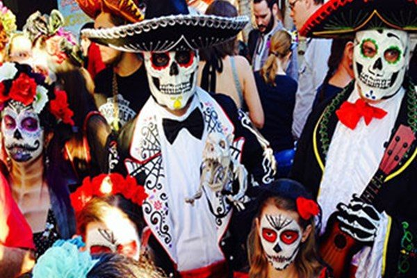 Free Family Event celebrates Dia De Los Muertos on Oct. 22, 2016 from 12pm to 4pm! The first in a series of bilingual programing at the Koubek Center.