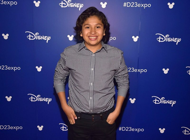 I recently had the opportunity to enjoy dinner, a special performance and an interview with Anthony Gonzalez, the voice of Miguel in Disney Pixar's Coco. Anthony is a music loving teenager who connects with his character in more ways than one. Get to know Anthony like I did and what makes him amazing.